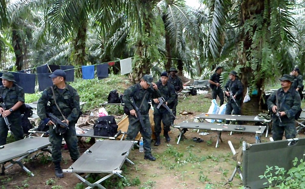story of lahad datu standoff The tragedy that engulfed the quiet coastal town of lahad datu this  revisiting the battle of lahad datu march 29  but that's another story advertisements.